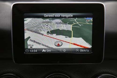 MERCEDES-BENZ A 180 BLUEEFFICIENCY EDITION D + GPS + LEDER + PDC
