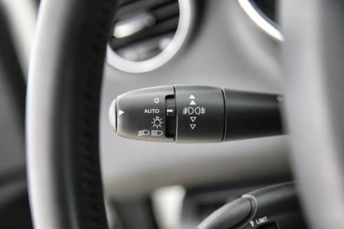 PEUGEOT 5008 ALLURE 2.0 BLUEHDI S/S + GPS + PDC + CRUISE + AIRCO + ALU
