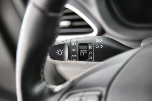 HYUNDAI i30  WAGON 1.6 CRDI + GPS + CAMERA + PDC