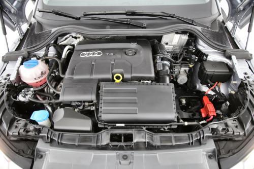 AUDI A1 SPORTBACK 1.4 TDI + GPS + PDC + CRUISE + ALU