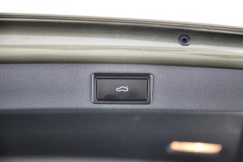 SKODA Superb COMBI 1.6 CRTDI AMBITION + GPS + CAMERA + PDC + TREKHAAK + CRUISE + ALU 17