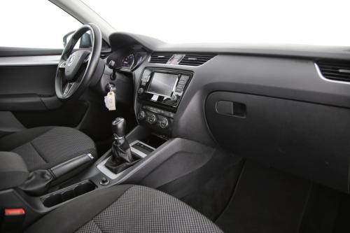 SKODA Octavia COMBI AMBITION 1.6 CRDI GREENLINE + GPS + PDC + CRUISE + AIRCO