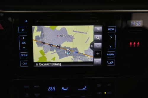 TOYOTA Auris TOURING SPORTS BUSINESS 1.8 VTT-I HYBRID CVT + A/T + GPS + CAMERA + ALU