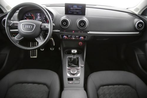 AUDI A3 1.6 TDI LIMOUSINE ATTRACTION + GPS + PDC