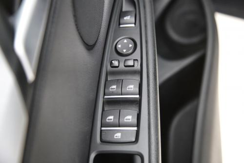BMW X5 XDRIVE 40E + GPS + LEDER + PDC + PANO DAK + CRUISE + ALU 19 + XENON