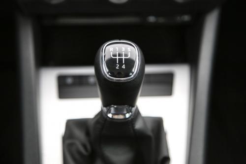 SKODA Octavia COMBI AMBITION 1.6 TDI GREENTEC + GPS + PDC + CRUISE