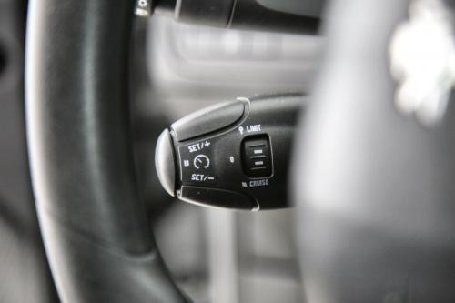 PEUGEOT 208 ACTIVE 1.6 BLUEHDI + GPS + CRUISE + AIRCO