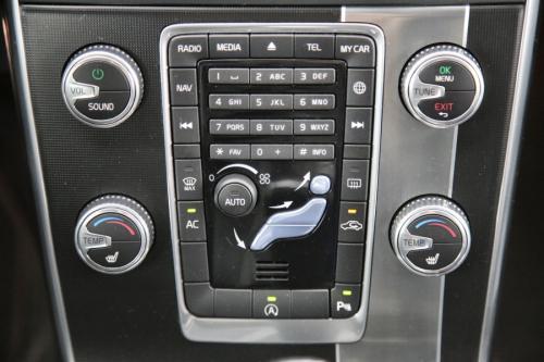 VOLVO S60  R-DESIGN 2.0D2 + GPS + PDC + CRUISE + ALU 18