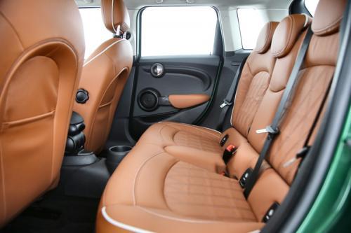 MINI Cooper 5-Door 1.5 IA + LEDER + LED + PDC