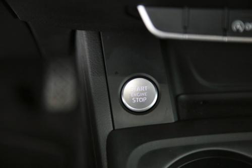 AUDI A4  AVANT 2.0 TDI + GPS + CAMERA +  PDC + CRUISE + ALU 16