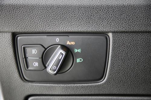 VOLKSWAGEN Passat Variant ELEGANCE 2.0 TDI DSG + GPS + HALF LEDER + PDC