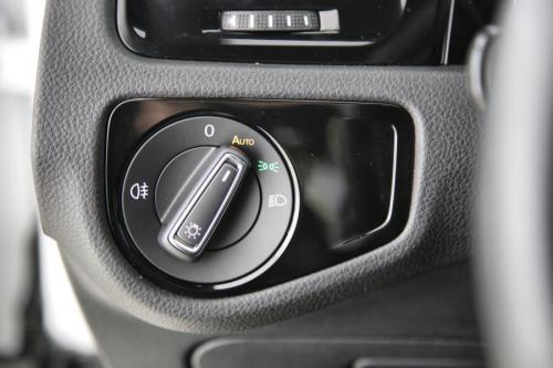 VOLKSWAGEN Golf GTI PERFORMANCE 2.0 TSI DSG + GPS + CARPLAY + LED + CAMERA + PDC