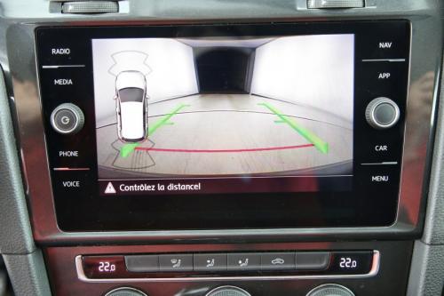 VOLKSWAGEN Golf TRENDLINE 1.6 TDI + GPS + CAMERA + PDC + AIRCO