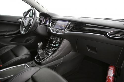 OPEL Astra SPORTS TOURER 1.6 CDTI INNOVATION + GPS + LEDER + CAMERA + PDC + CRUISE + ALU 18