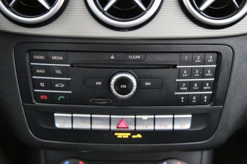 MERCEDES-BENZ B 180 BLUEEFFICIENCY EDITION STYLE D + GPS + LEDER + PDC + CRUISE + ALU 16