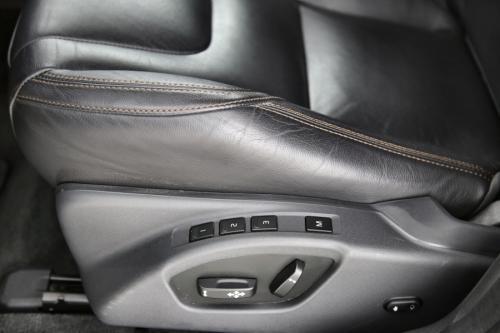 VOLVO XC60  LUXURY EDITION 2.0D3 GEARTRONIC + GPS + LEDER + PDC + CRUISE + PANO DAK + ALU 19 + XENON