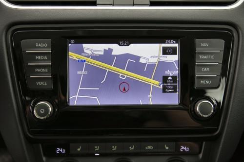 SKODA Octavia COMBI 1.6 CRTDI DSG7 GREENTEC + GPS + CAMERA + PDC + CRUISE + ALU 16