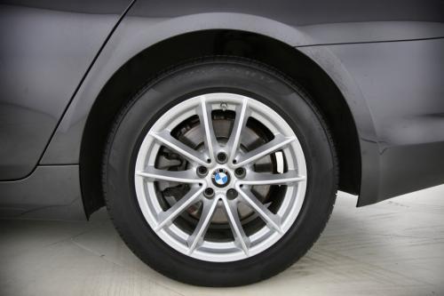 BMW 520 BERLINE D + GPS + LEDER + CAMERA + PDC + CRUISE + ALU 17