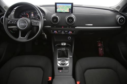 AUDI A3  SPORTBACK ATTRACTION 1.6 TDI + GPS + PDC + CRUISE + OPEN DAK + ALU 16