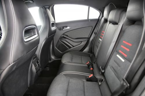 MERCEDES-BENZ A 180  BLUEEFFICIENCY STYLE EDITION D + CAMERA + CRUISE + ALU 16