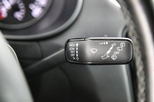 SKODA Octavia COMBI 1.6 CRTDI GREENTEC + GPS + PDC + CRUISE + ALU 1 7+ TREKHAAK