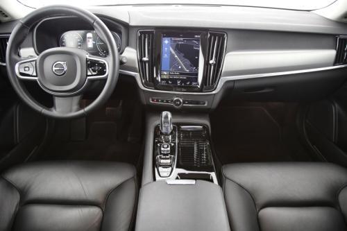 VOLVO V90 MOMENTUM 2.0T8 EAWD GEARTRONIC HYBRID + GPS + LEDER + PDC + CRUISE + ALU 18