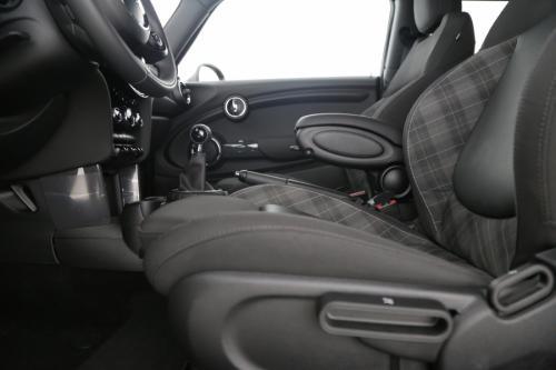 MINI Cooper D 1.5 D + GPS + LEDER + AIRCO + 4.106 KM