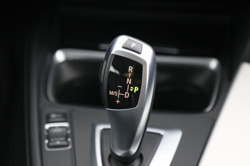 BMW 318 d TOURING AUTOMAAT + GPS + LEDER + AIRCO + XENON + PDC
