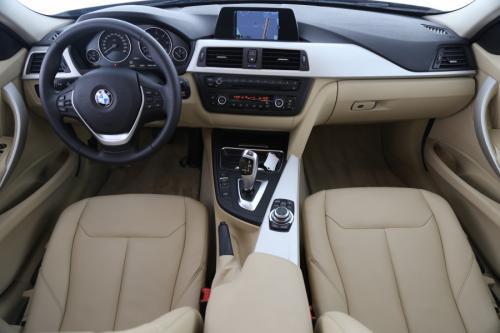 BMW 320 d AUTOMAAT + GPS + LEDER + XENON + AIRCO + PDC + ALU 17