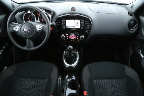 NISSAN Juke 1.2 DIG-T CONNECT EDITION + GLASS ROOF
