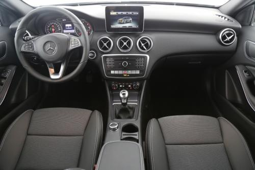 MERCEDES-BENZ A 180 CDI + GPS + CAMERA + CRUISE + ALU 17