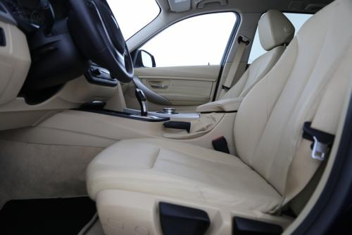 BMW 318 d TOURING AUTOMAAT + GPS PROFESSIONAL + AIRCO + LEDER + CAMERA