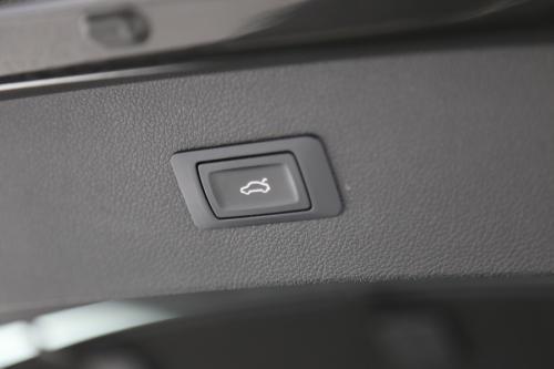 AUDI A7 SPORTBACK 3.0 TDI  QUATTRO  A/T + SCHUIFDAK