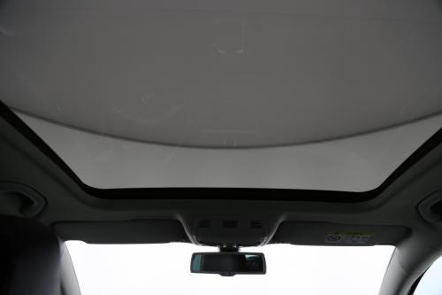 VOLKSWAGEN Passat Variant 1.6 TDI + GPS + LEDER + CRUISE + PANO