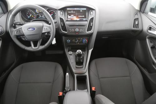 FORD Focus 1.0i Ecoboost + GPS + CRUISE + ALU 16 + PDC + 1.016 KM