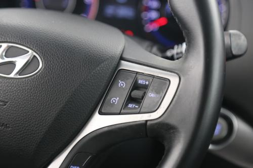 HYUNDAI i40 WAGON LOUNGE 1.7 CRDI + GPS + AIRCO + CRUISE + PDC