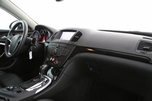 OPEL Insignia ST 2.0 CDTI AUTOMAAT + GPS + LEDER + XENON + PDC + ALU 18